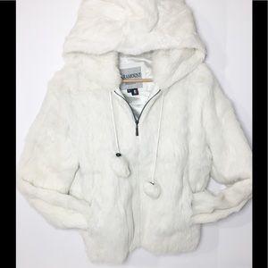 Paramount New York fur coat with hood NWOT